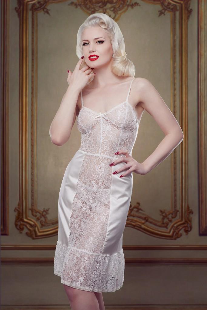 Betty Bridal_Ivory Nell Dress Slip (1)