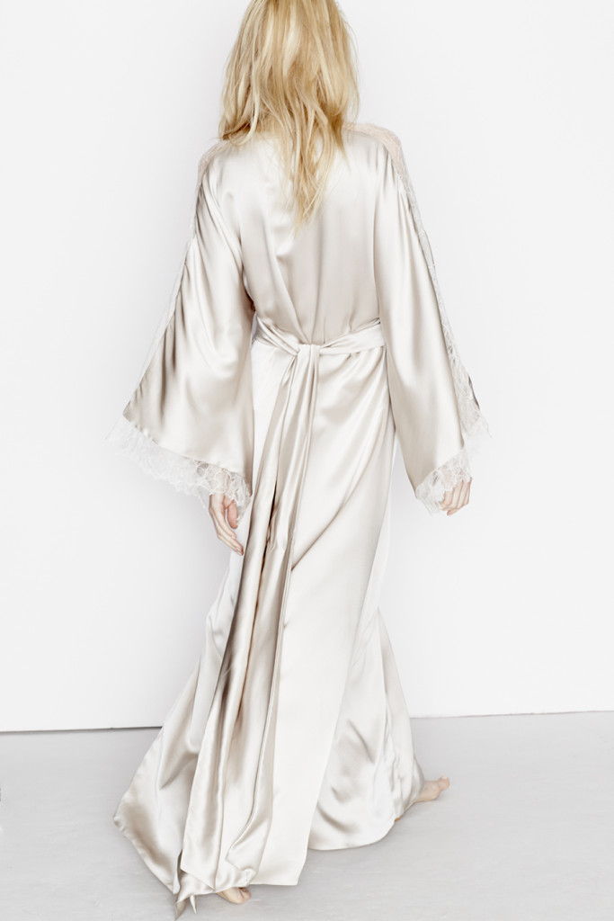 Three Graces London_Drums in the Night Maxi Robe_Canvas (Debut AW15) (3)
