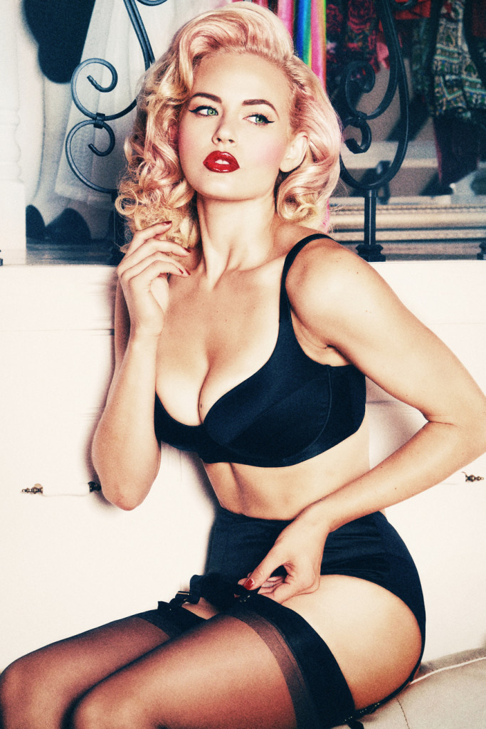 Playful Promises_Imogen (AW15 Fuller Bust Collection)