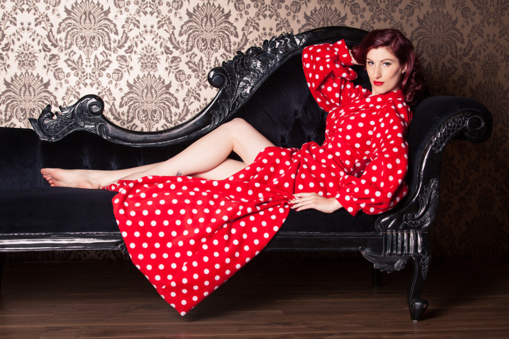 Fleece Bettie Robe (Bild: Tigz Rice Studios 2013)