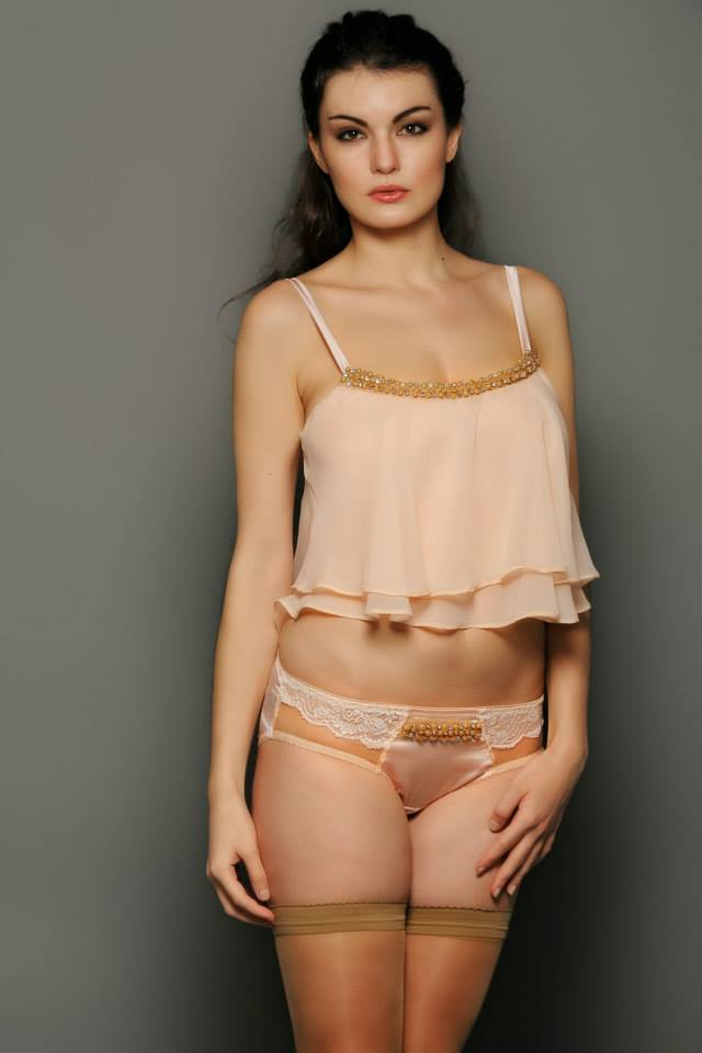 La Lilouche_Sienna Camisole + Hipster (AW 2014)