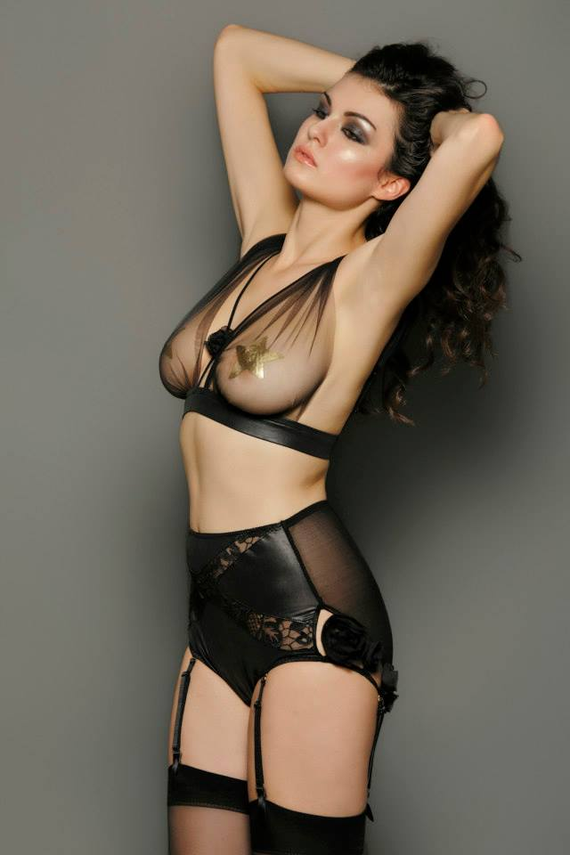 La Lilouche_Veronika tulle bra & suspender high brief (AW 2014)
