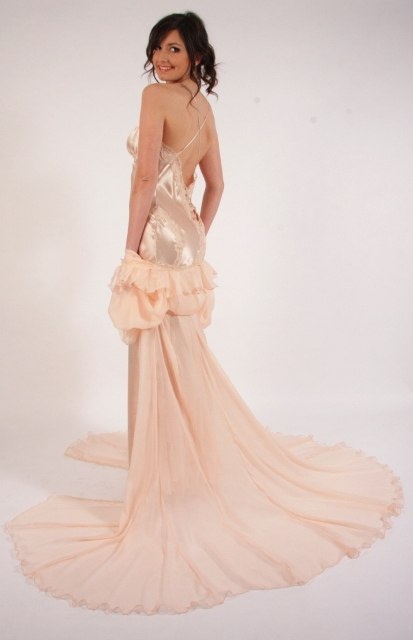 Liliana Casanova_Champs Elysées Nightdress & Dressing Gown Set
