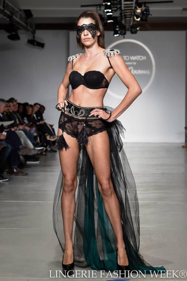 Zümrüdüanka_Lingerie Fashion Week 2014