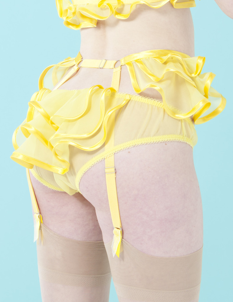 Made by Niki_Peblum Silk Garter_yellow (FS 2013 Renaissance)