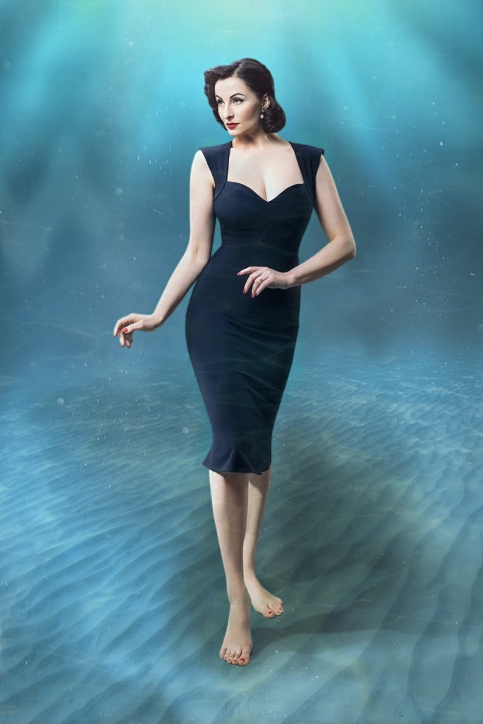 Gracy Q_Underwater Love_Bombshell Dress - The Elderwood Photography