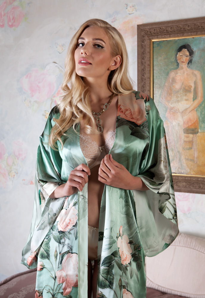 Harlow and Fox_Anastasia Robe (SS15)