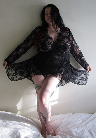 RavenDreams_Daphne Black Lace Ballet Wrap Robe