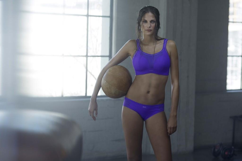 8 Dinge, die Frauen mit großen Brüste nicht tun können 4