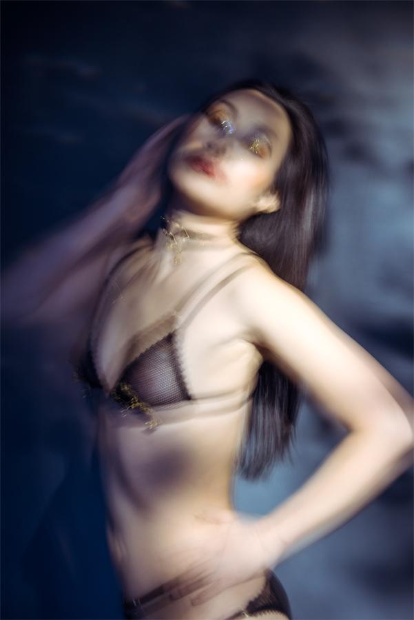 Karolina Laskowska_Miod (Celestial Bodies) - J Tuliniemi