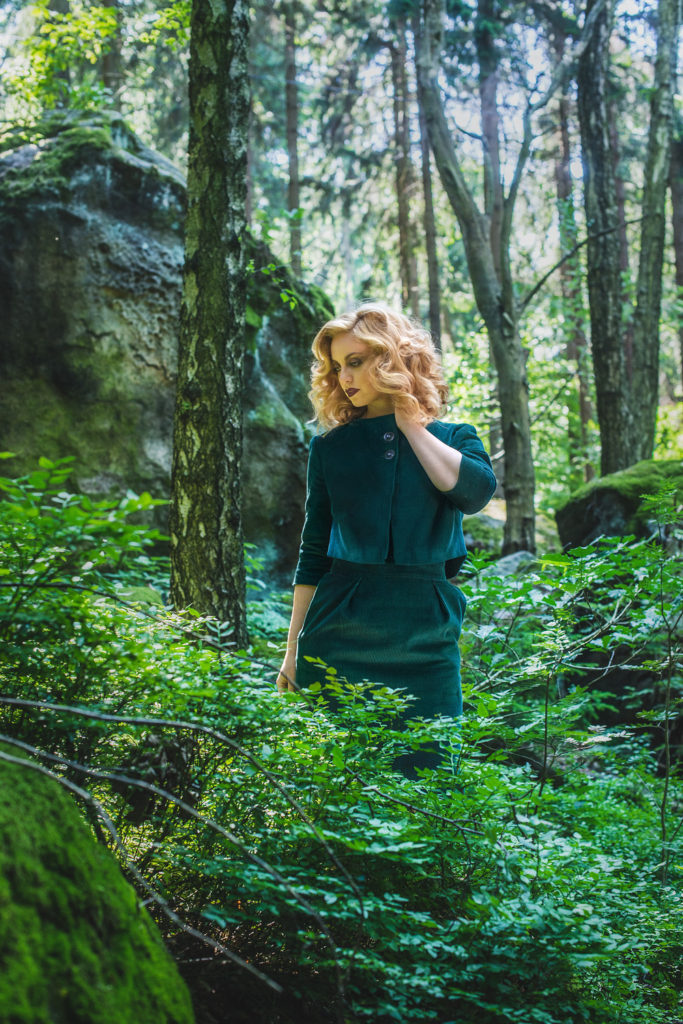 Gracy Q_Polina Jacket+Skirt_Hunter Green (AW16 Into the Woods) - Vintagemädchen 1